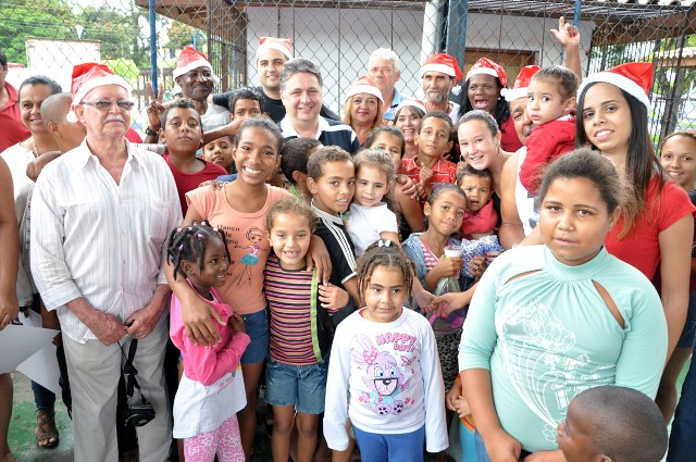 Natal solidário PR 12