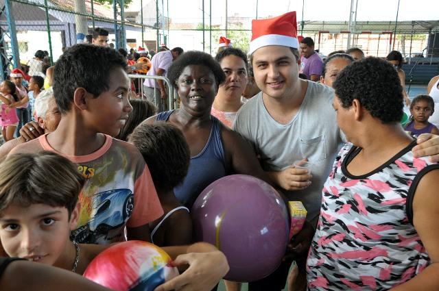 Natal solidário PR 15