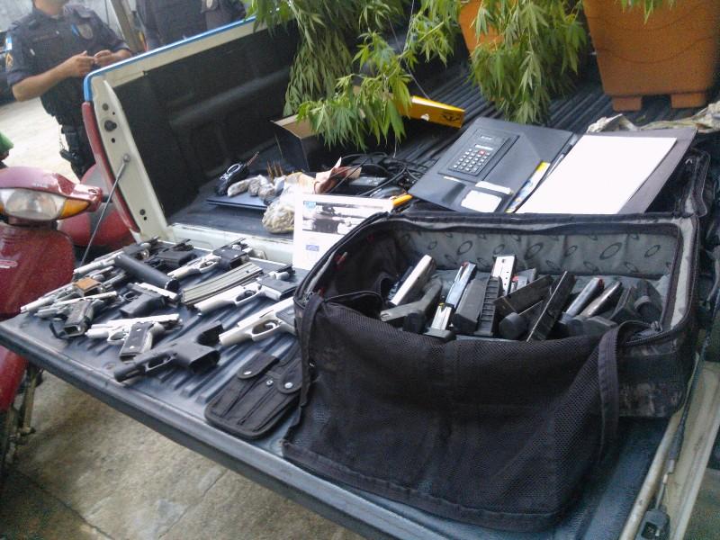 pistolas 0804 3