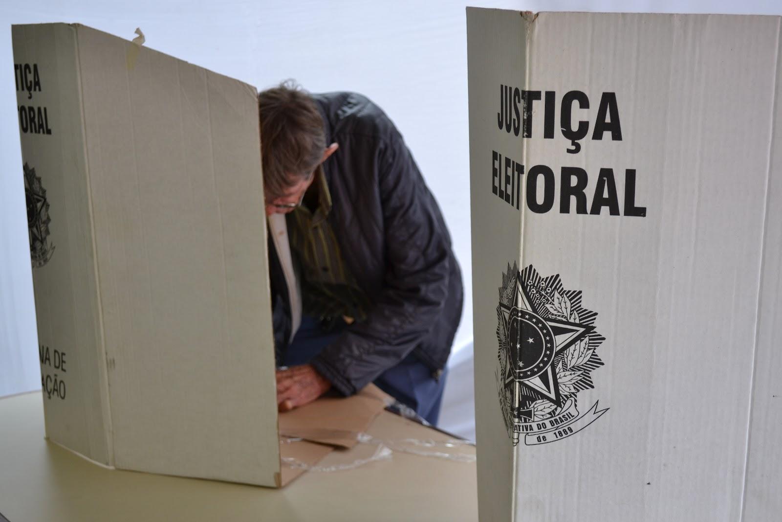 cabine eleitoral 2