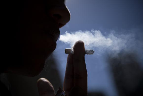tabagismo_fumante0509